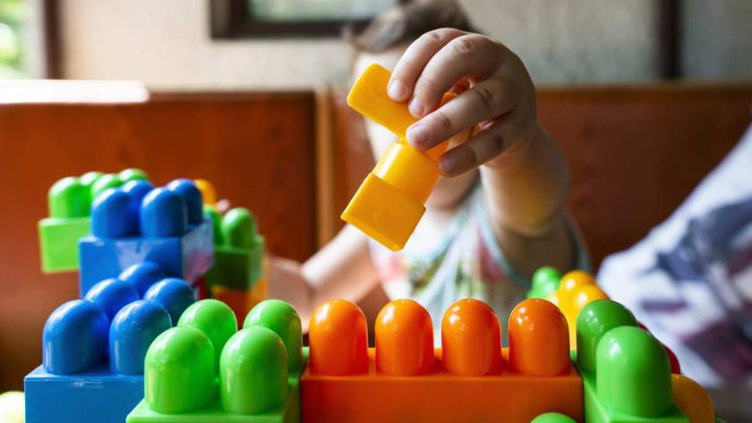 Comment choisir un jouet pour bébé?