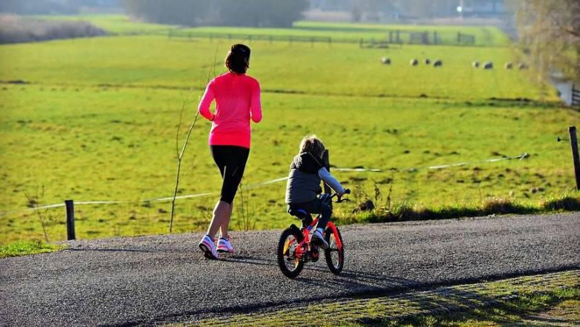 Comment apprendre à votre enfant à faire du vélo?