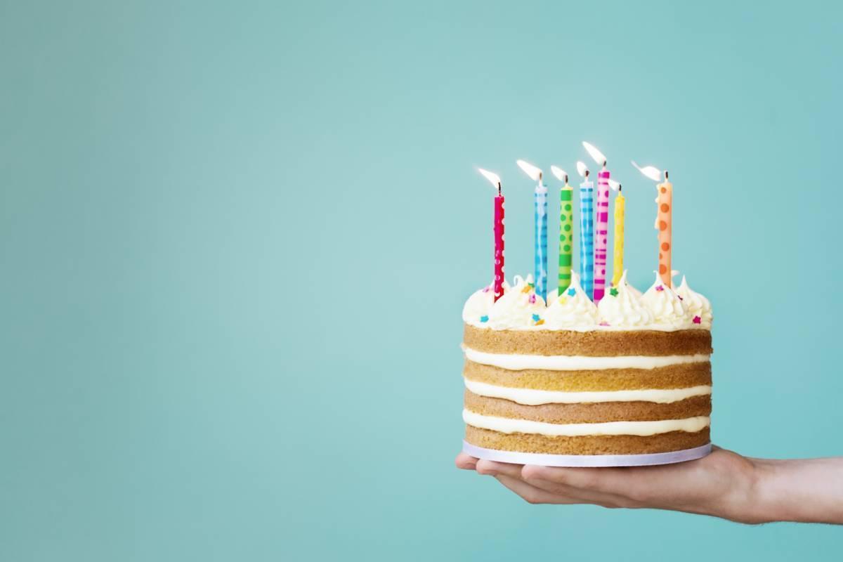 Préparer un anniversaire: le gâteau personnalisé