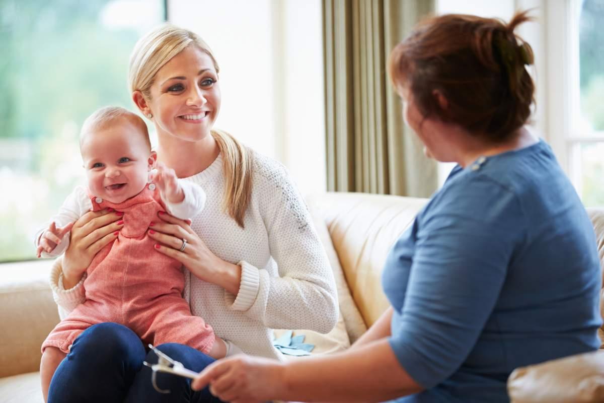 Aide à domicile pour vos enfants – 5 choses que doit savoir faire la baby-sitter