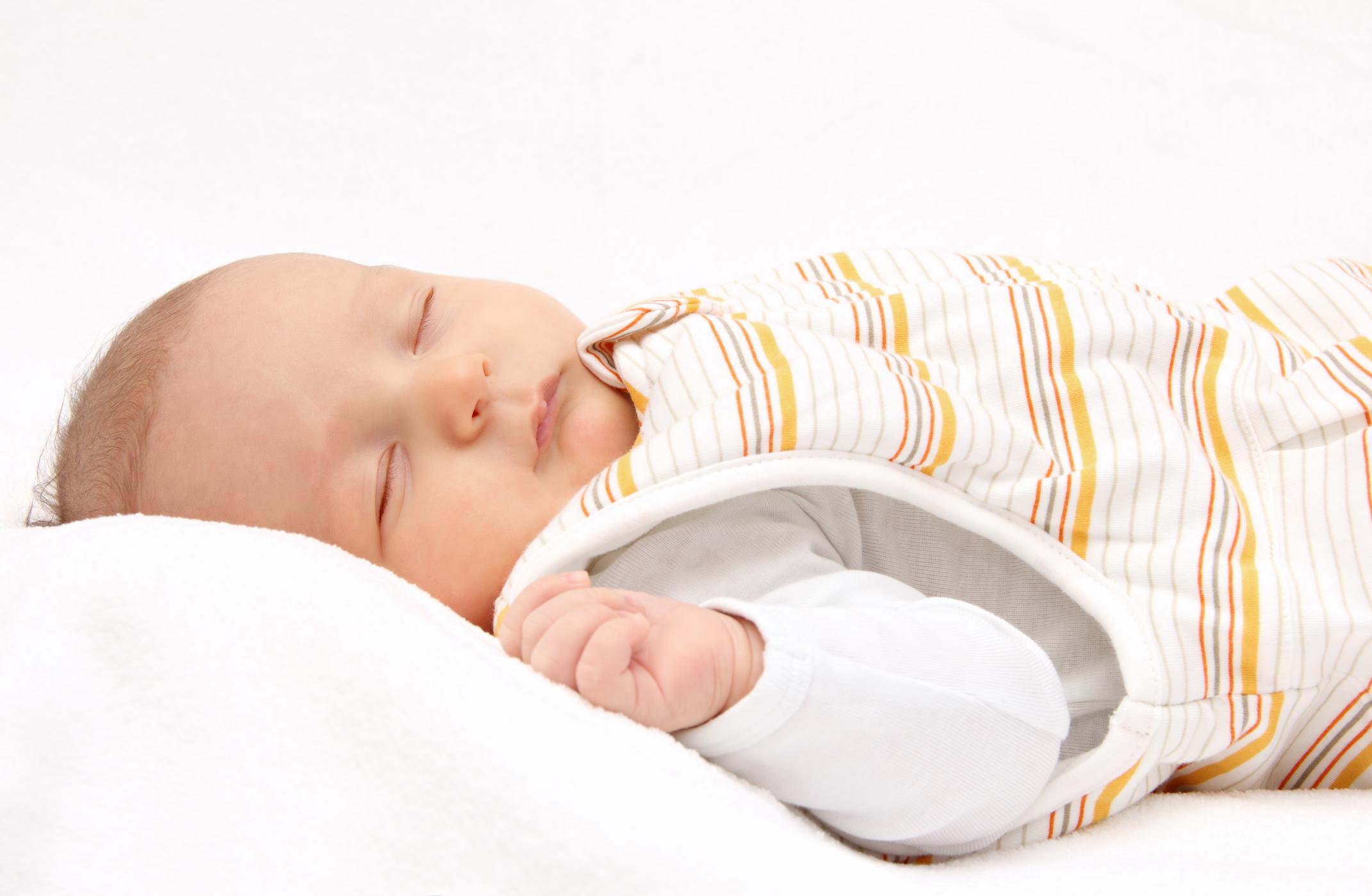 Comment choisir la turbulette de son enfant ? Taille, matière, prix !